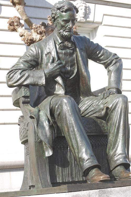 [Image: statue2053.JPG]